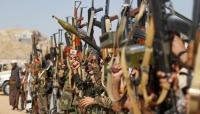 الحوثيون يفرجون عن أربعة أسرى من الجيش مقابل جثة قيادي ميداني منهم