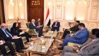 الرئيس هادي يستقبل لجنة خبراء تقصي الحقائق والفريق يتطلع زيارة مدينة تعز