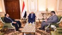 """الرئيس هادي يقبل استقالة """"عبد العزيز جباري"""" ويؤكد أنه كان عنصرا فاعلا في الحكومة"""