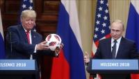 الولايات المتحدة تجرى فحصا أمنيا دقيقا لكرة أهداها بوتين لترامب