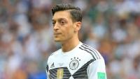 الألماني أوزيل يعلن اعتزاله اللعب الدولي