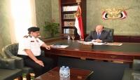 الرئيس هادي يؤكد على اهمية رفع اليقظة والجاهزية لمختلف قطاعات ووحدات الجيش
