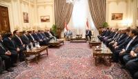 """الرئيس هادي يزور البرلمان المصري والأخير يؤكد أن العلاقة بين البلدين """"مُعمّدة بالدم"""""""