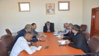 الحكومة تشدد على ضرورة التزام المنظمات الدولية بالعمل وفق الضوابط القانونية