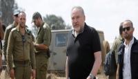 ليبرمان يستقيل من منصبه بسبب الهدنة في غزة.. ونتنياهو يدافع: لقد توسَّلت حماس لوقف النار