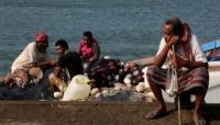 إنقاذ 12 صياداً يمنياً بعد يومين من فقدانهم بالبحر الأحمر