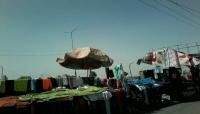 صنعاء: الباعة المتجولون يشكون من بطش المليشيات الحوثية