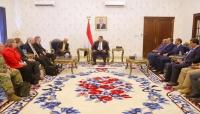السفير الأمريكي: مصلحة واشنطن تتمثل في بقاء اليمن موحدا ويجب نزع سلاح الجماعات المسلحة