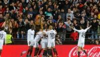 """فالنسيا يقتنص المركز الرابع في """"الليجا"""" ويتأهل لأبطال أوروبا"""