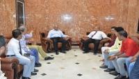 الحوثيون يقتحمون البنك الأهلى في صنعاء ويعينون مديرا تنفيذيا له