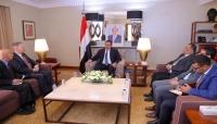 رئيس الوزراء: اليمن لن يكون ساحة لمغامرات ومشاريع النظام الإيراني