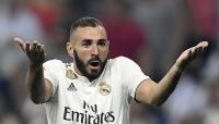 ريال مدريد يعلن إصابة بنزيمة بفيروس كورونا
