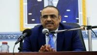 وزير الداخلية يطالب التحالف الكشف عمن استهدف معسكر مأرب