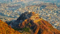 مقتل امرأة مسنة برصاص قناصة مليشيات الحوثي غربي تعز
