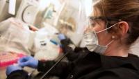 """بريطانيا تدخل السباق وتعلن عن بدء تجربة عقاقير واعدة لعلاج فيروس """"كورونا"""""""