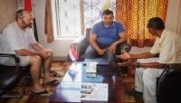 محافظ سقطرى يعد بحل إشكالية السياح العالقين بالتنسيق مع التحالف