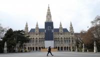 أول دولة أوروبية تعلن تخفيف إجراءات العزل ضد كورونا