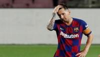 ميسي يوقف مفاوضات التجديد وينوي الرحيل عن برشلونة
