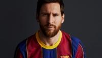 برشلونة يكشف عن قميصه الجديد