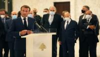 """ماكرون في لبنان يريد """"تغيير النظام"""" ويتعهد بطرح ميثاق جديد وعدم وصول المساعدات للفاسدين"""