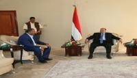 """الرئيس هادي يلتقي """"الزبيدي"""" وترجيحات بإعلان الحكومة قبل نهاية أكتوبر الجاري"""