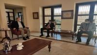 محافظ شبوة يلتقي سفيري الولايات المتحدة وفرنسا