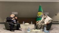 في لقاء مع غريفيث.. أمين عام التعاون الخليجي يدعو المجتمع الدولي للضغط على الحوثيين