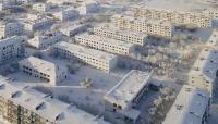 درجة حرارتها 50 تحت الصفر.. الثلج يجمد منطقة روسية ويحوّلها لمدينة أشباح (صور)