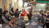 الفلسطينيون يرفعون التحدي لمواجهة الاحتلال.. هل تُنذر أحداث القدس باندلاع انتفاضة ثالثة؟