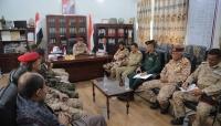 أمنية تعز تناقش الأوضاع الأمنية ومدفعية الجيش تستهدف تحركات حوثية شرق وغرب المدينة